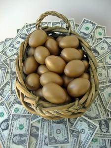pinigai ir kiausiniai