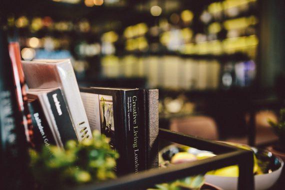 kaboompics-com_books